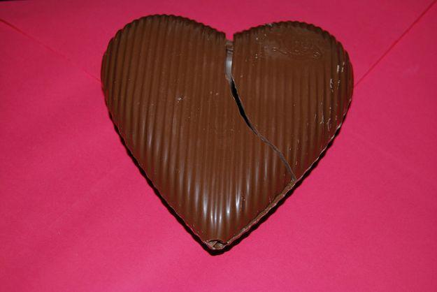 Cioccolatini a forma di cuore con ripieno amarena