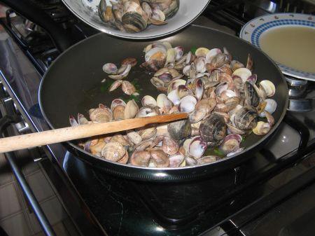vongole con aglio