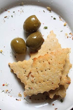 crackers e olive