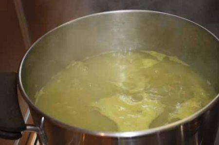 brodo di asparagi