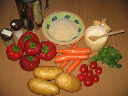 ingredienti per contorno di patate carote e peperoni
