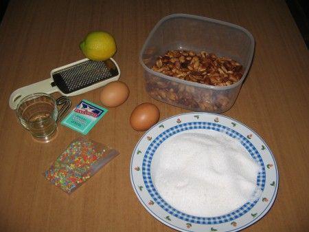 ingredienti dolci pasta mandorle