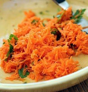 insalata di carote e olive al timo