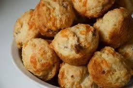 muffin con pancetta e nocciole