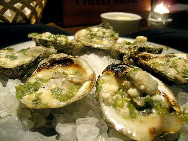 Ricetta ostriche alla brace ricette di buttalapasta for Ricette afrodisiache