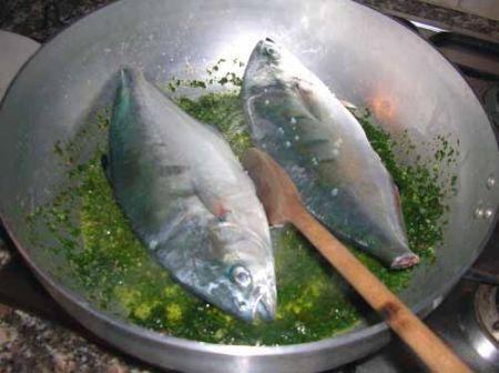 ponete i pesci nel tegame