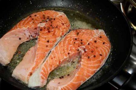 salmone al pepe rosa