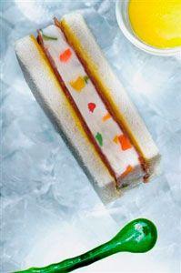 sandwich con gelato di fonduta al parmigiano