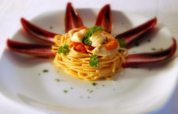 spaghetti con capesante e agrumi