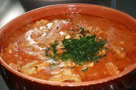 unite il trito di prezzemolo e aglio