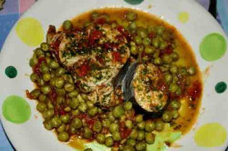 Ricetta tonno con i piselli ricette di buttalapasta - Cucinare tonno fresco in padella ...