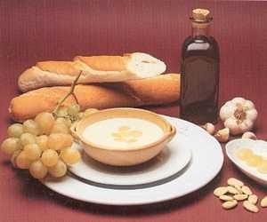 zuppa fredda ajo blanco