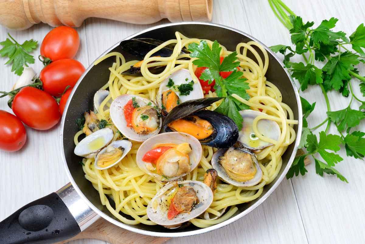 Spaghetti con i fasolari: ricette per fare la pasta con i fasolari