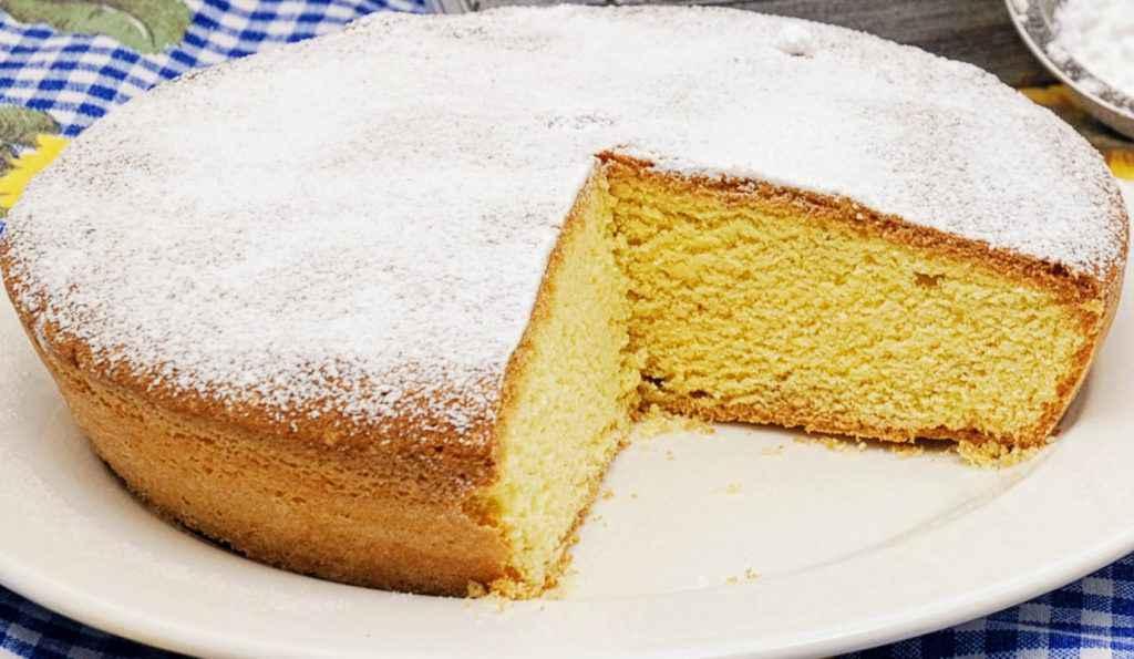 Torta paradiso con zucchero a velo