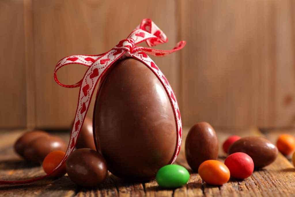 temperare cioccolato per uovo di pasqua