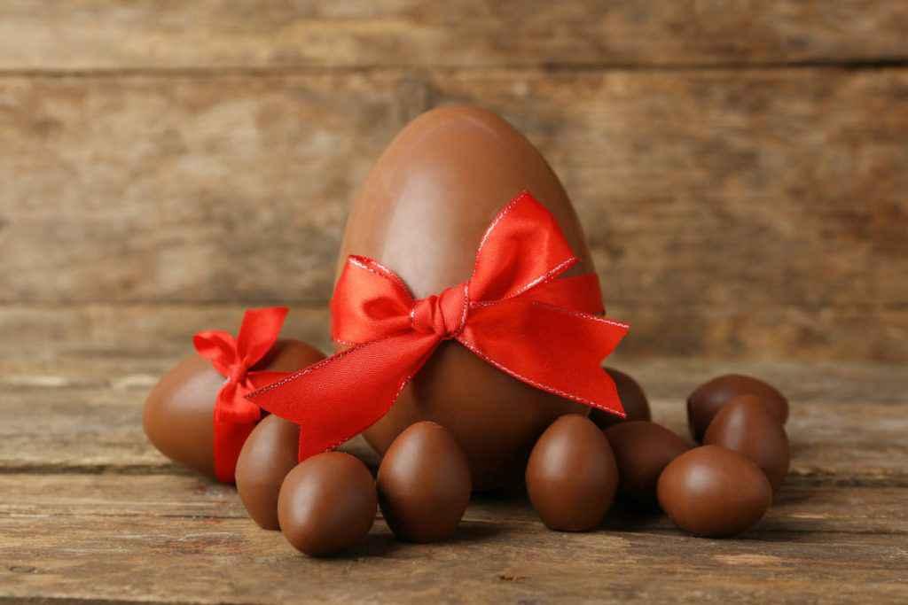 uovo di cioccolato al latte