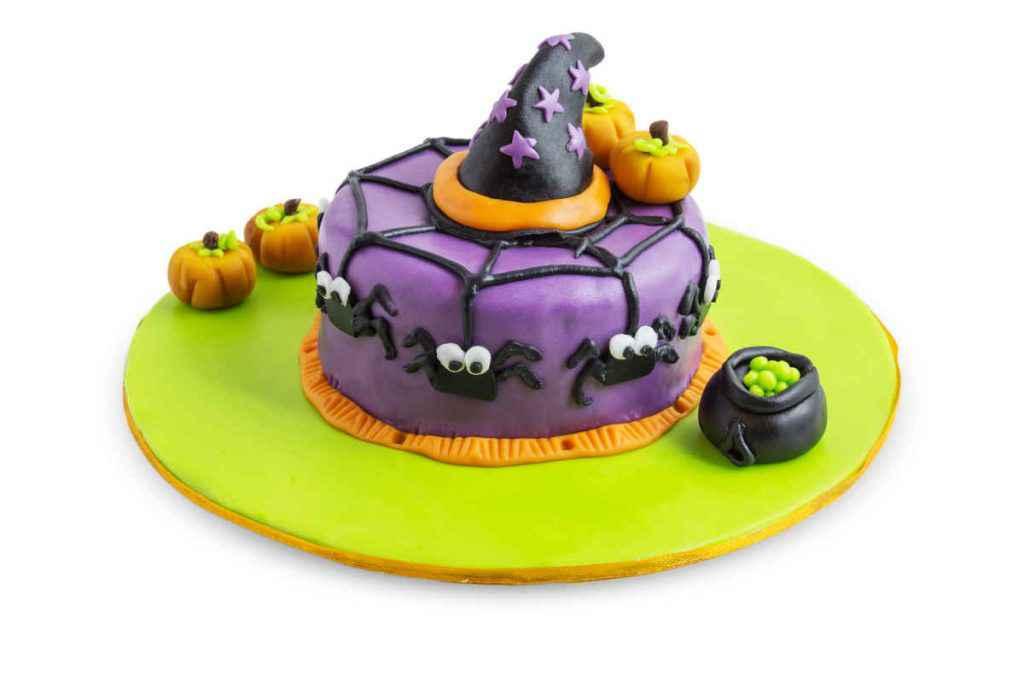 Torta di Halloween con pasta di zucchero