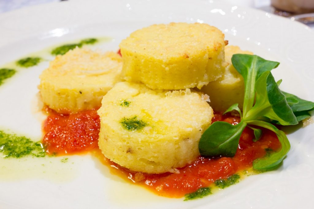 Gnocchi alla Romana con condimento di pomodoro