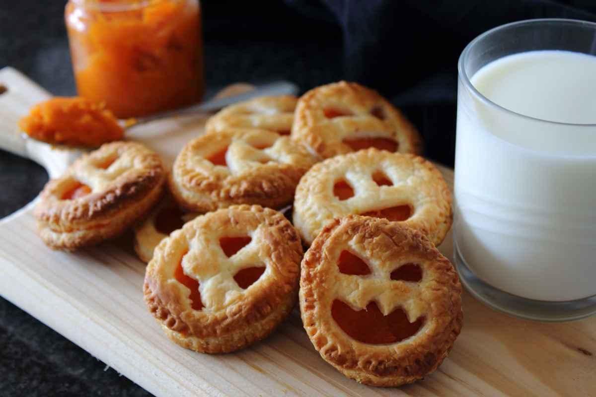 Zucche dolci di pasta sfoglia