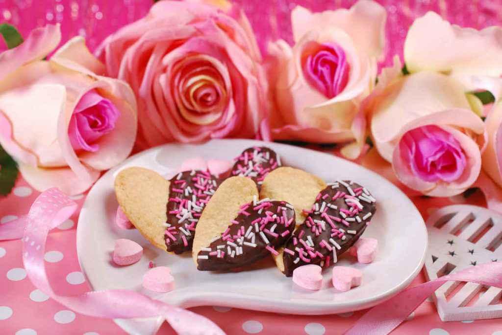 biscotti a forma di cuore bigusto al cioccolato