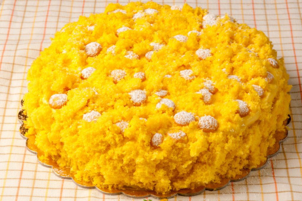 come fare e decorare la torta mimosa