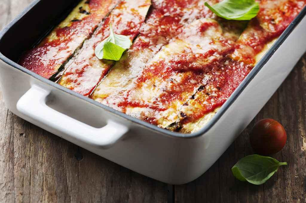 Parmigiana di zucchine: la ricetta tradizionale e le varianti light