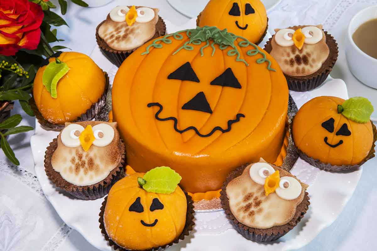 Muffin con decorazioni in marzapane per Halloween