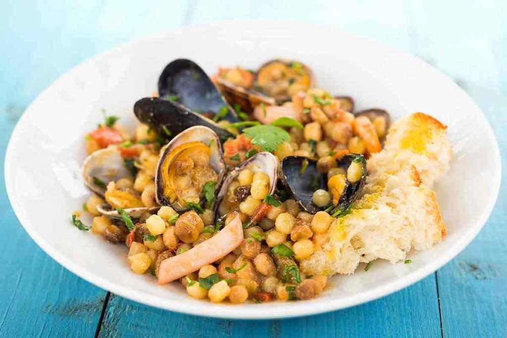 come cucinare la fregola, uno dei primi piatti della cucina sarda