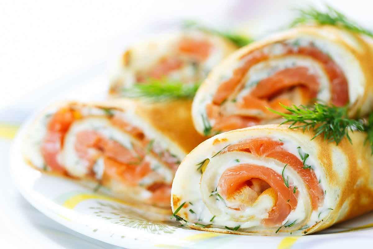 Crepes al salmone, rotoli di crespelle