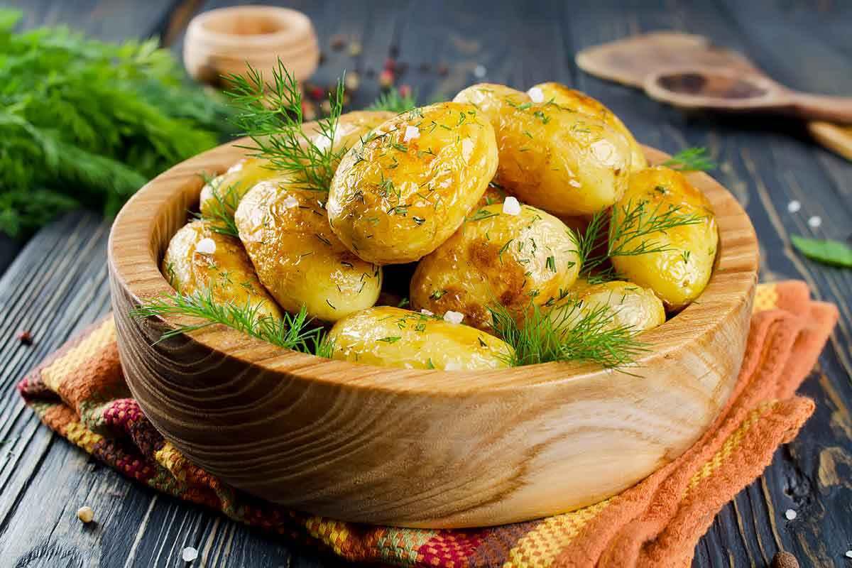 Patate al forno: 15 ricette sfiziose e facili da fare