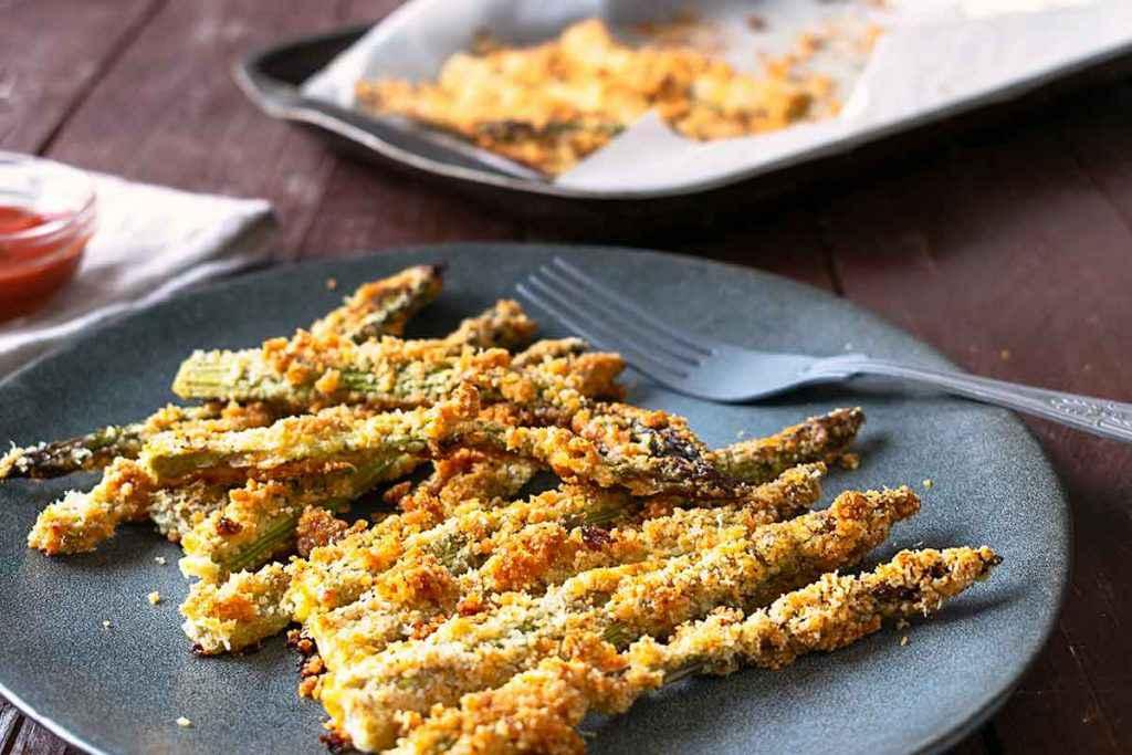 Asparagi gratinati in forno con pangrattato