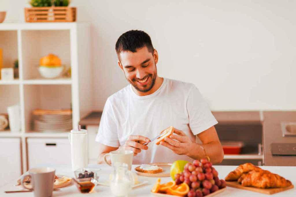 cosa mangiare a colazione esempi