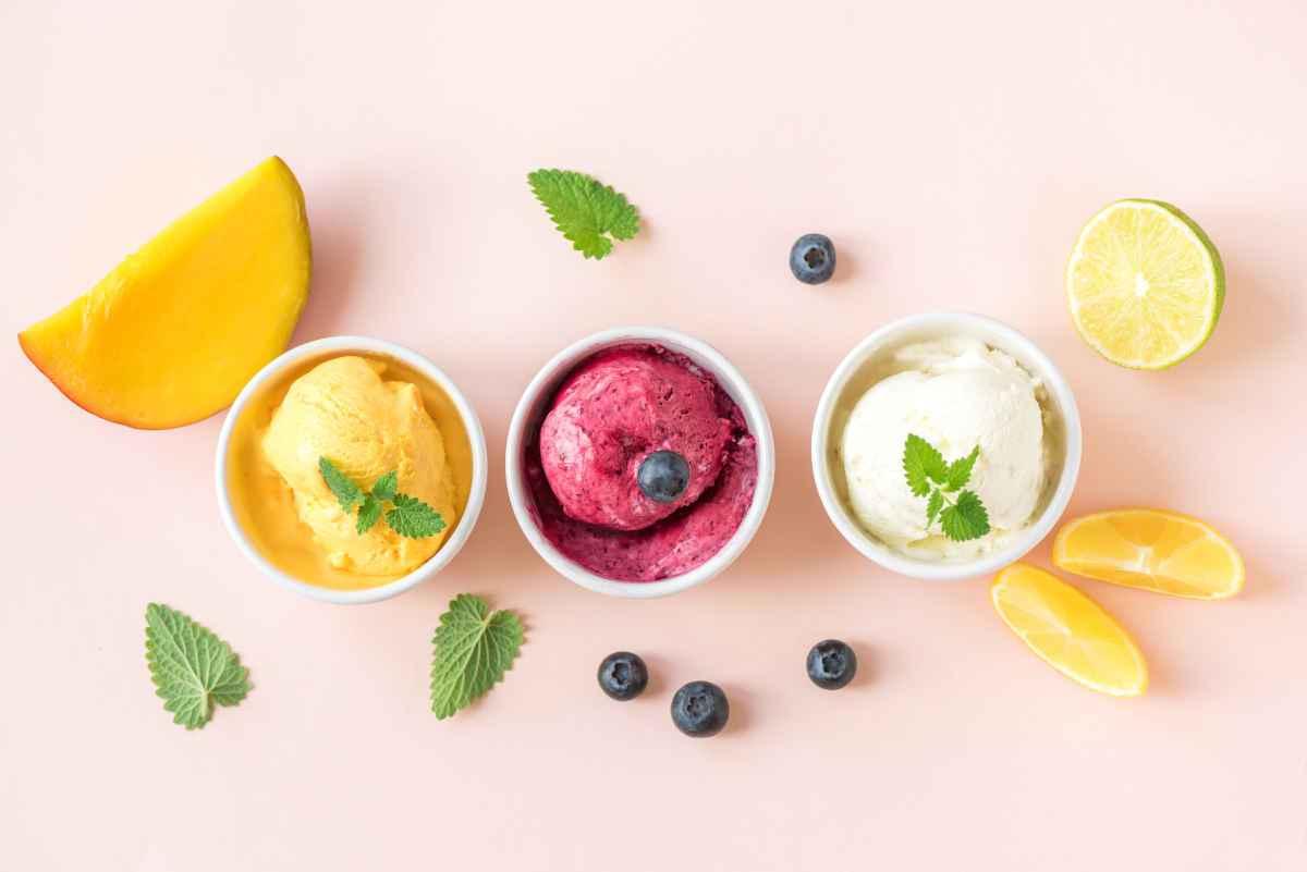 Come fare il sorbetto senza la gelatiera: 3 ricette facili da fare a casa
