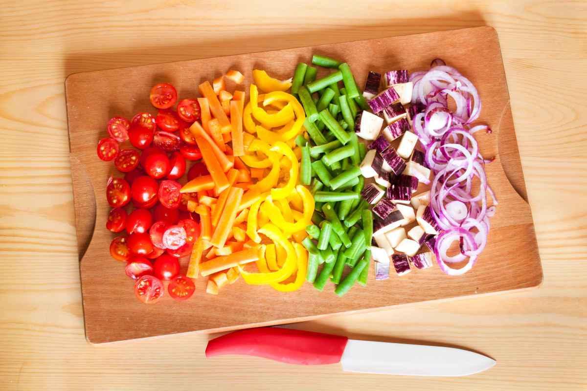 come tagliare le verdure tecniche e coltelli da usare
