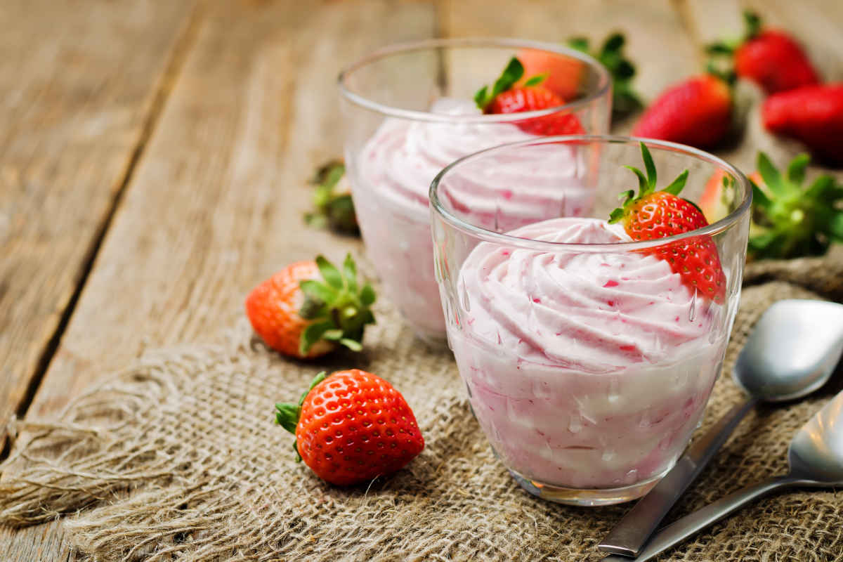 Mousse di fragole veloce