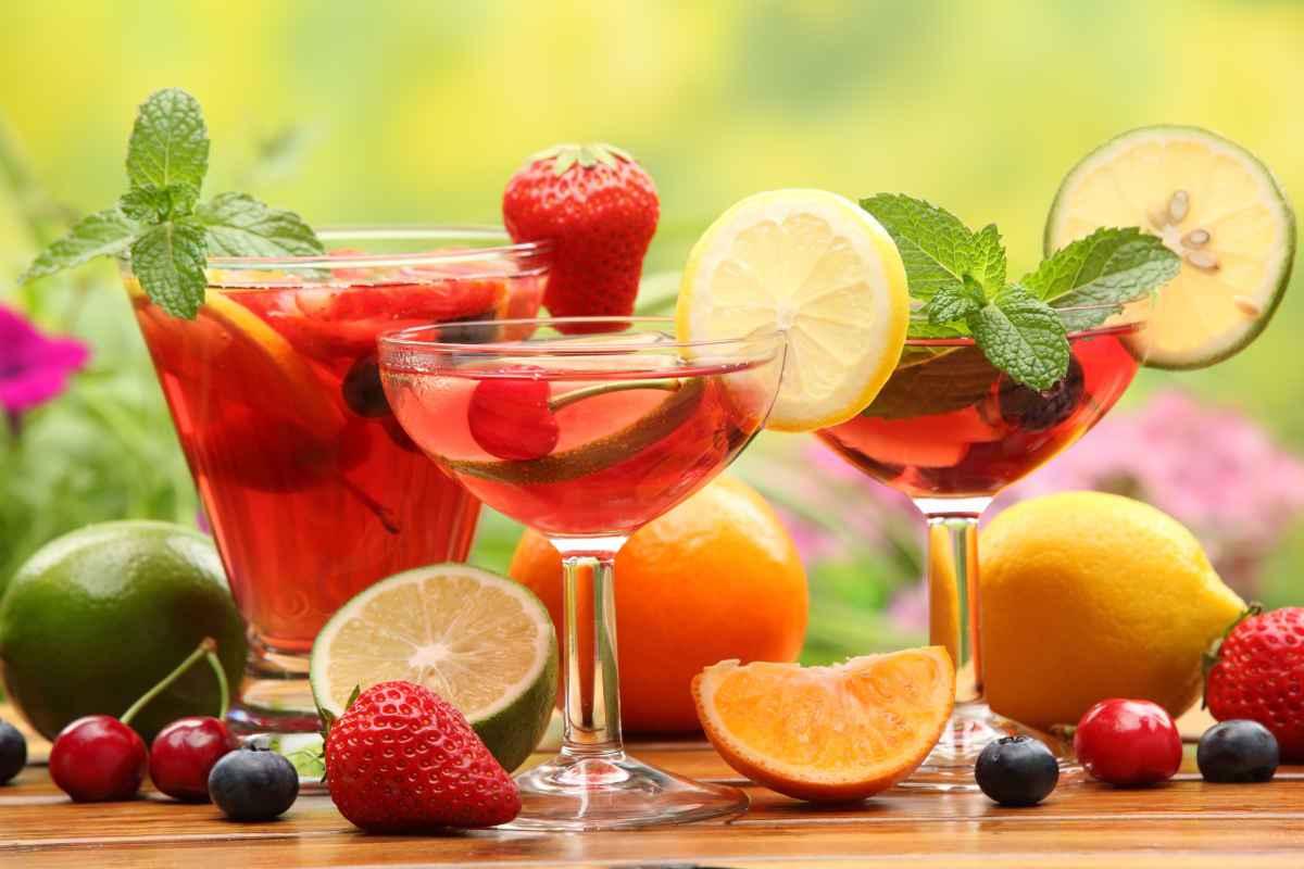 Cocktail alla frutta: 10 drink da aperitivo da fare a casa
