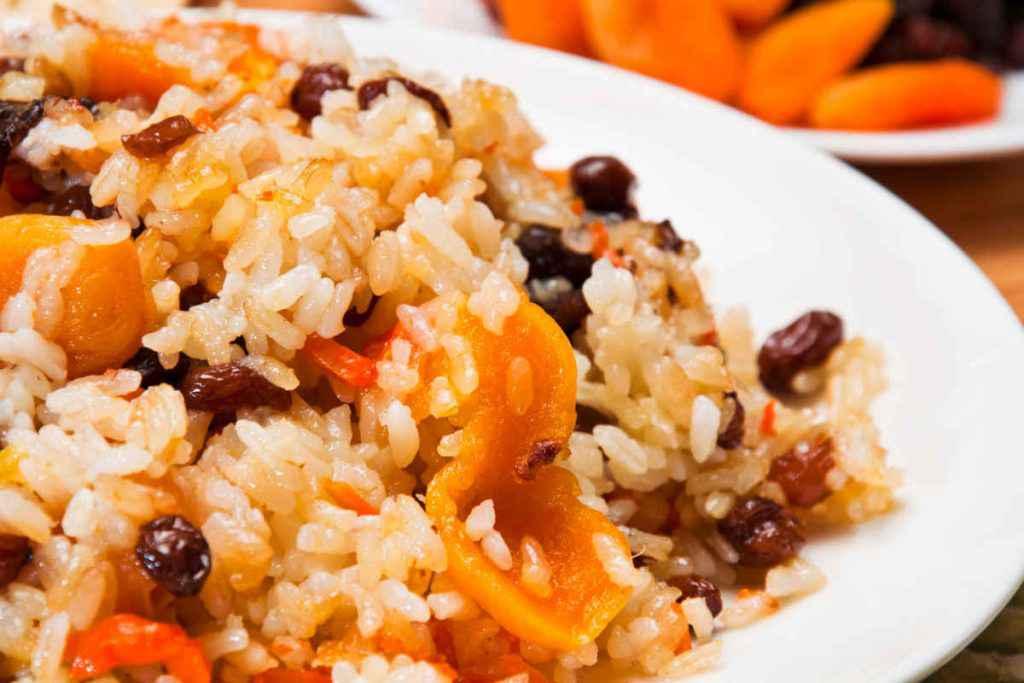 insalata di riso e frutta