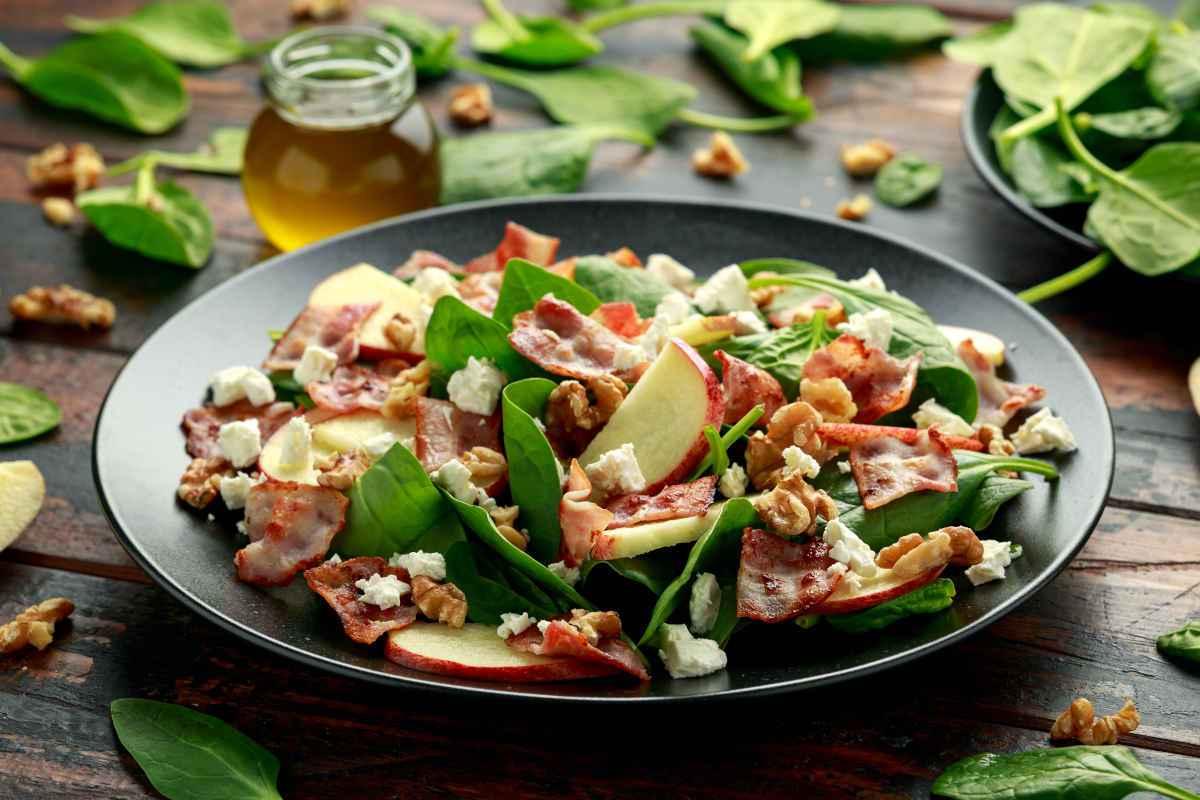 insalata di spinaci pancetta e mela