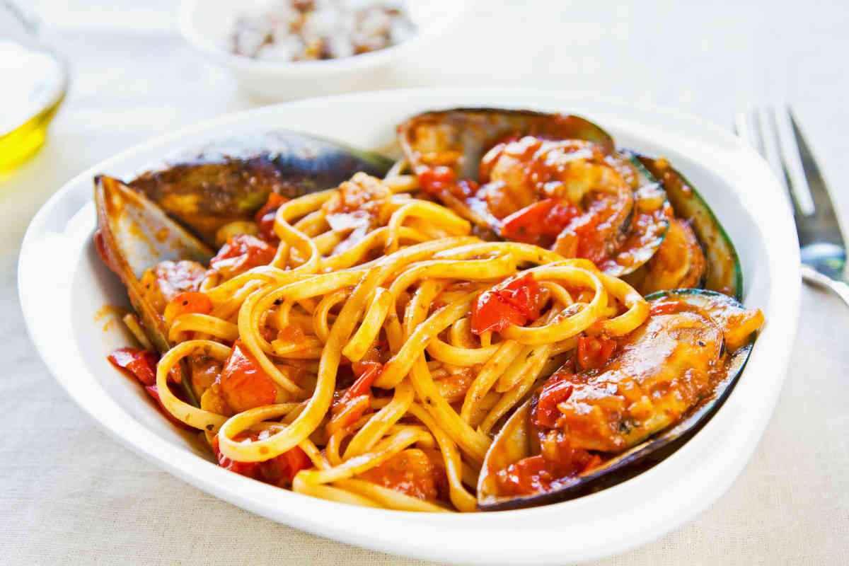 pasta con i frutti di mare primi piatti e risotti facili