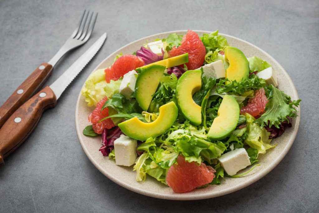 insalata avocado e pompelmo