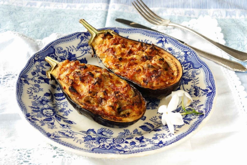 barchette di melanzane ripiene di tonno