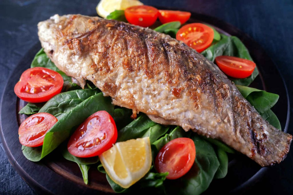 pesce alla griglia, carpa alla brace