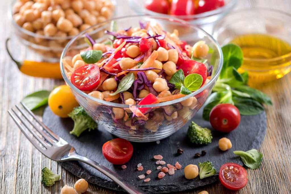 insalata di ceci e pomodori