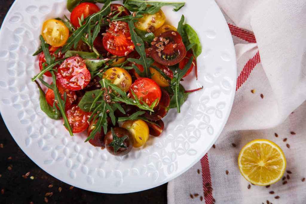 insalata di pomodori ciliegini e rucola