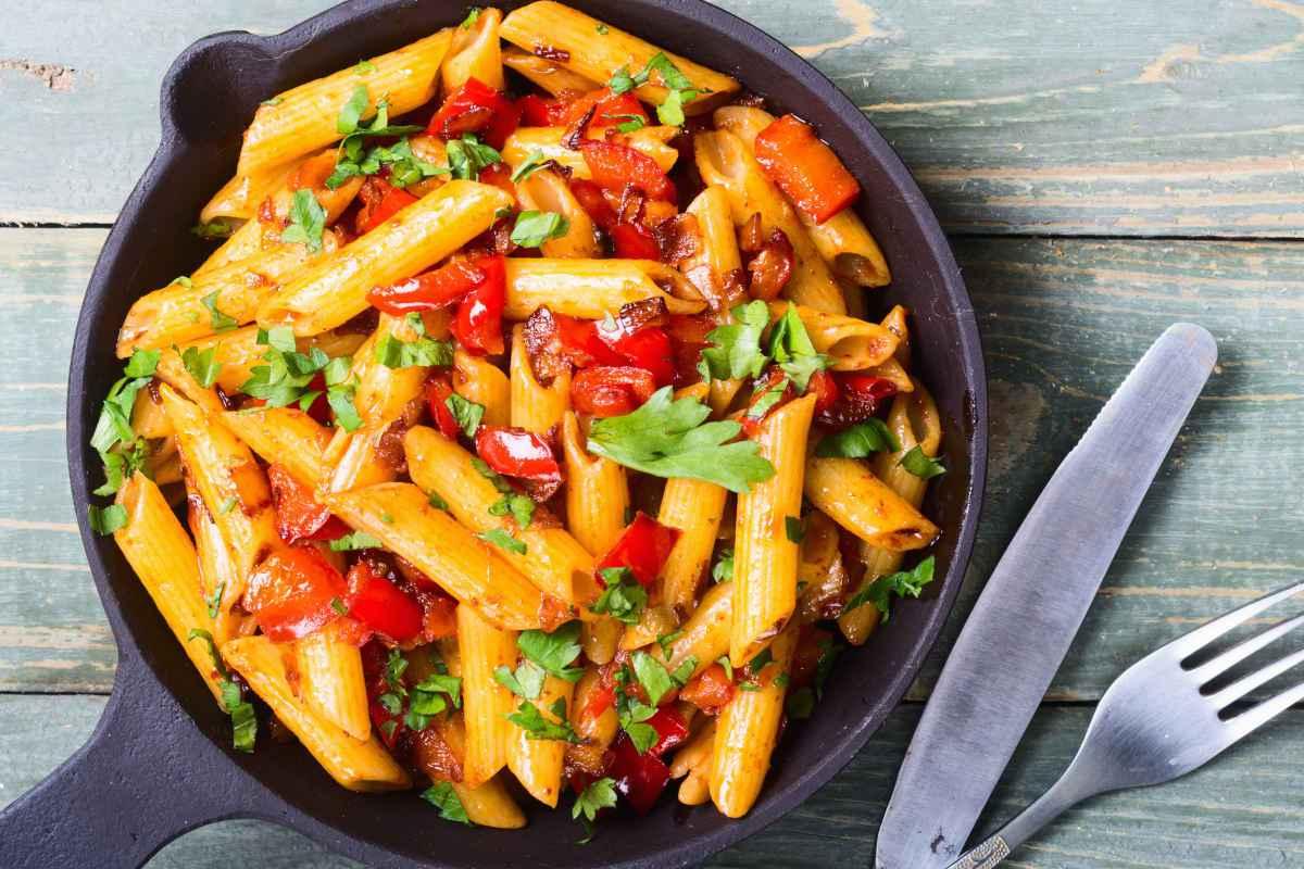primi piatti vegetariani, pasta alle verdure