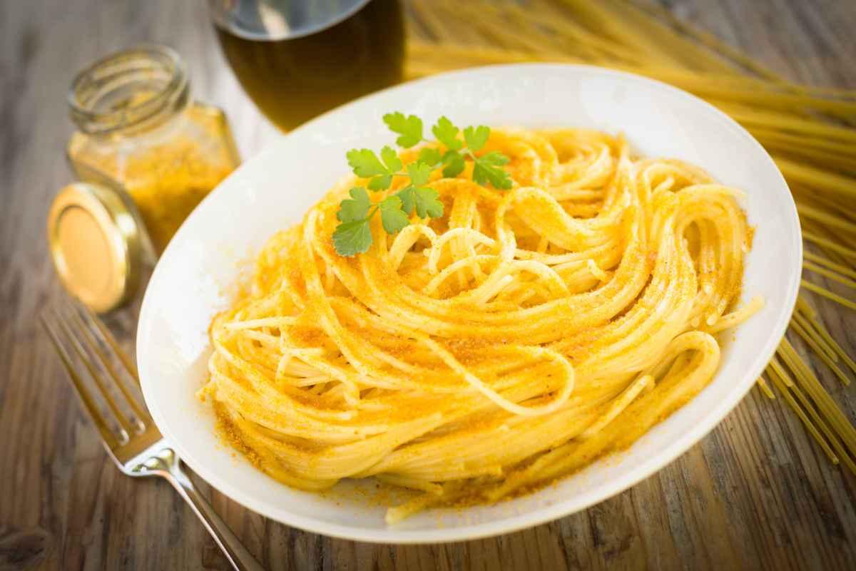 spaghetti alla bottarga primi piatti cucina sarda