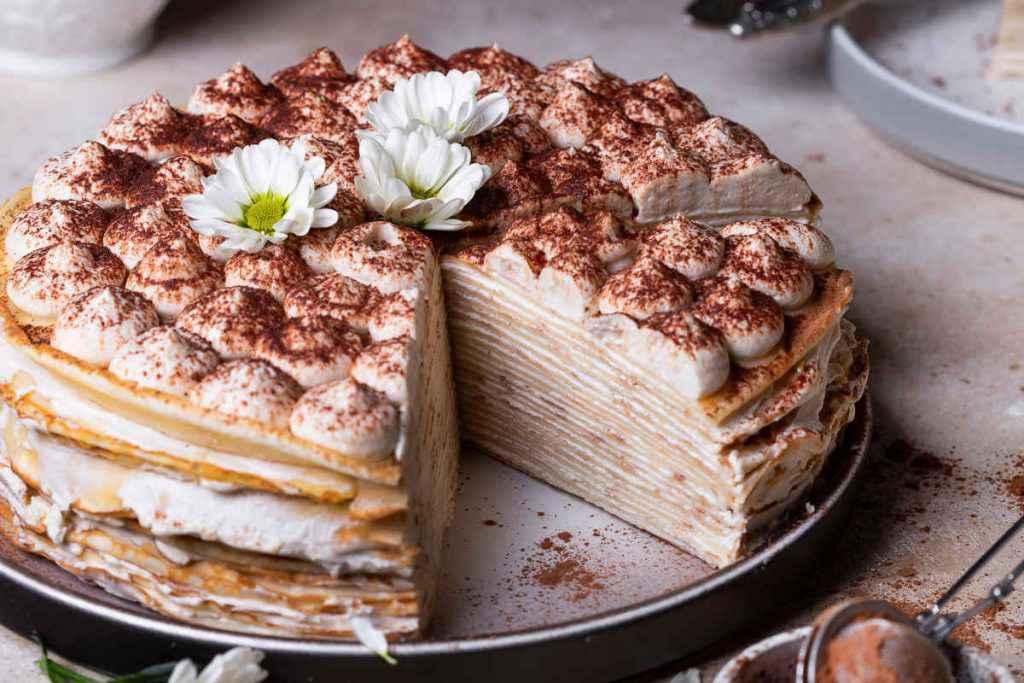 torta di crepes con panna e mascarpone, ricette con le uova
