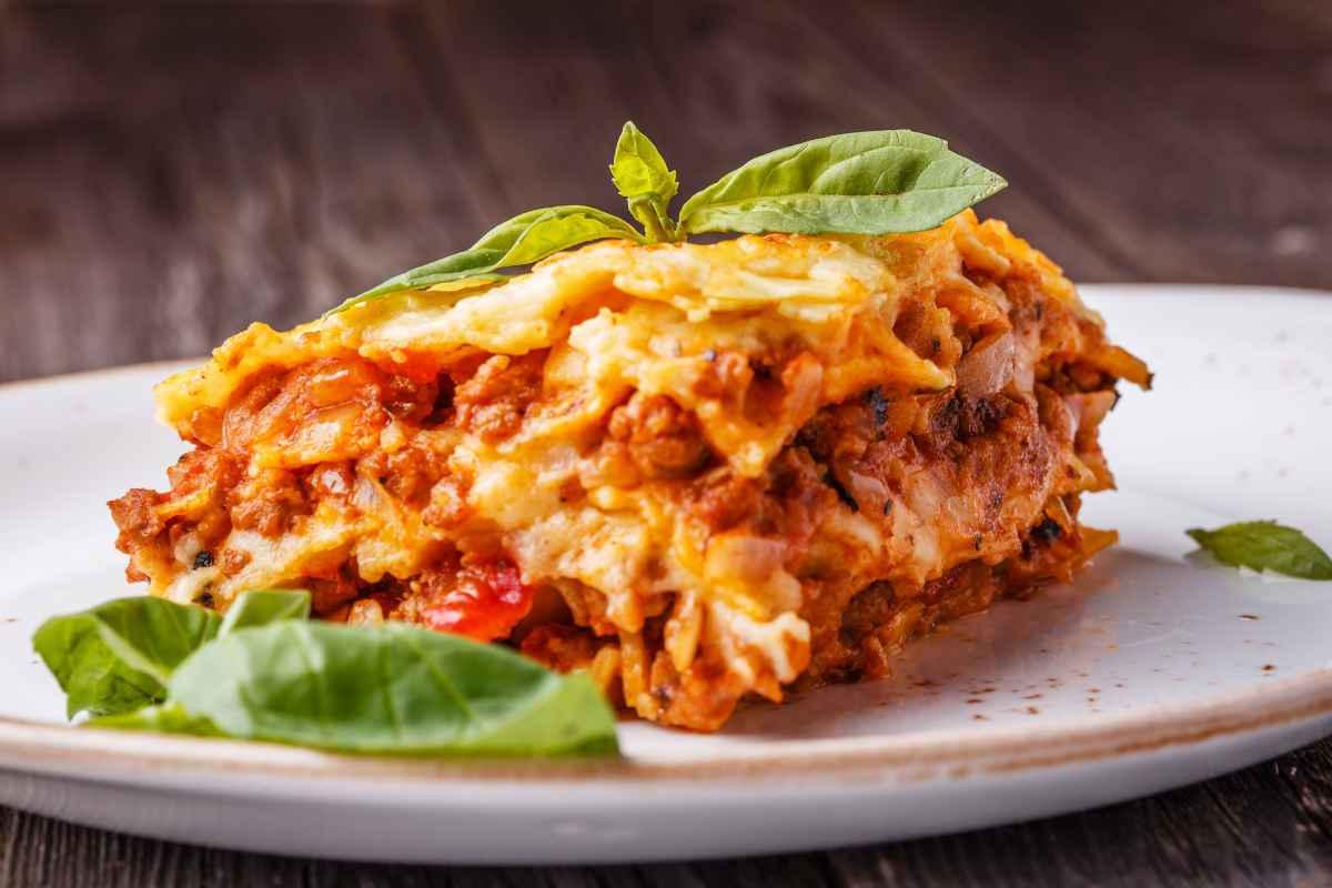 Come fare una lasagna perfetta con 3 ingredienti semplici