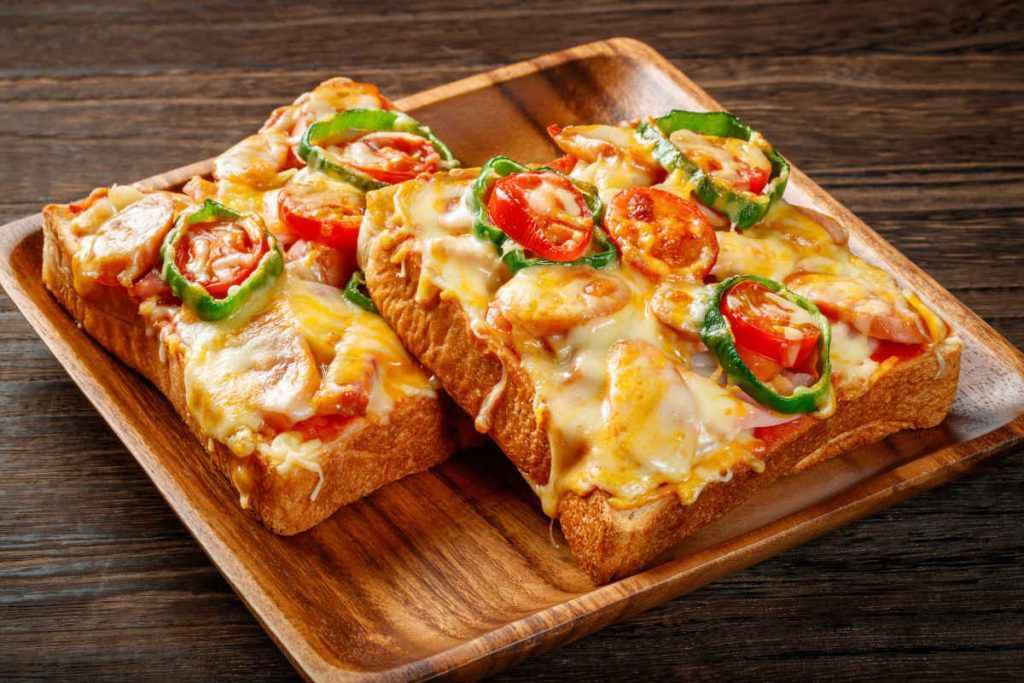 fette di pizza di pane, ricette anti spreco
