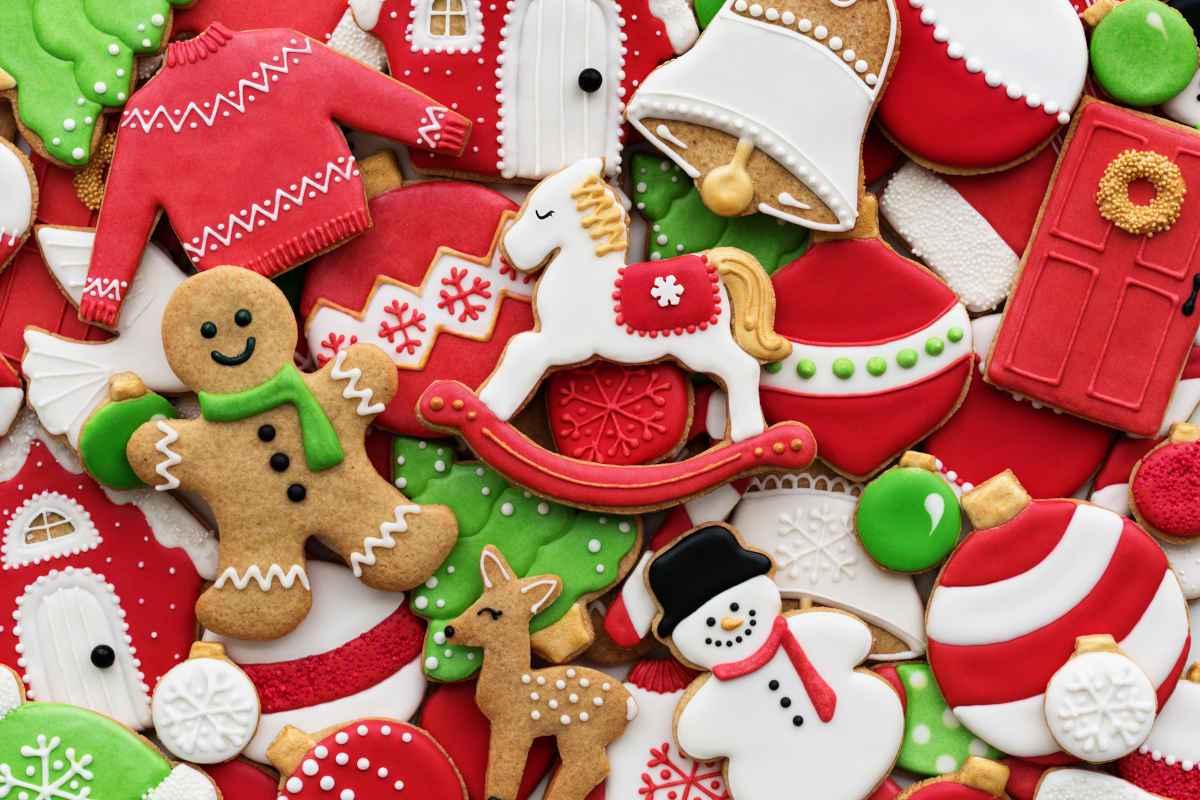 ampia varietà di biscotti di natale